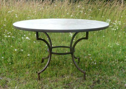 Table-manger-plateau-béton-ciré