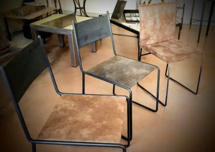 chaises-acier-cuir-et-cuir-textiles