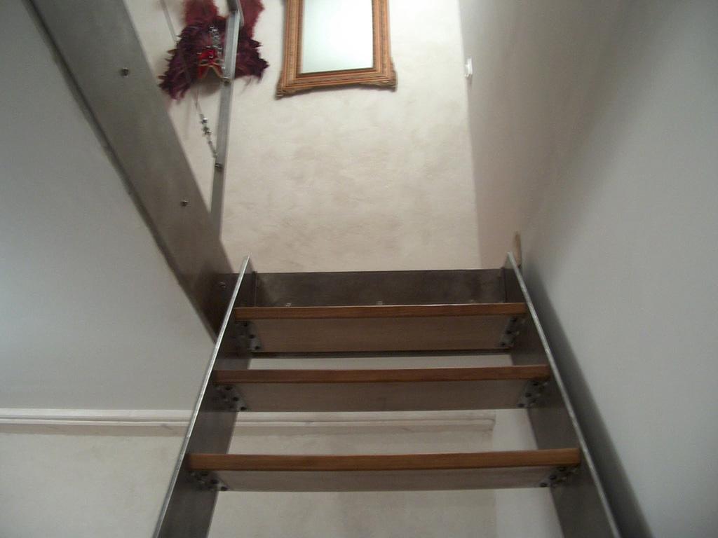 Bleuacier menuiserie garde corps escaliers rampes - Acier s ...
